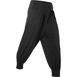 """Spodnie haremki """"wellness"""", dł. 3/4, Level 1 bonprix czarny. Czarne bryczesy damskie bonprix, z dżerseju, na fitness i siłownię. Za 74,99 zł."""