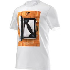 Koszulki sportowe męskie: Adidas Koszulka męska 80s Catalog Tee biała r. L (AZ1026)
