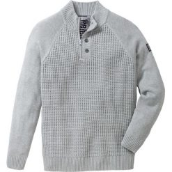 Sweter ze stójką Regular Fit bonprix jasnoszary melanż. Szare golfy męskie marki bonprix, l, melanż. Za 79,99 zł.