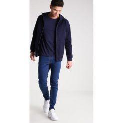 KIOMI Jeans Skinny Fit blue denim. Niebieskie jeansy męskie marki KIOMI. W wyprzedaży za 127,20 zł.