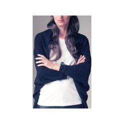 Wdzianko czarne sweter. Czarne swetry klasyczne damskie One mug a day. Za 149,00 zł.