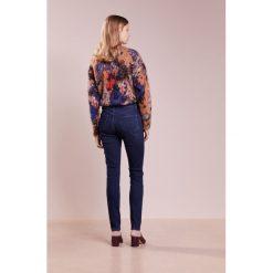 J Brand MARIA  Jeans Skinny Fit blue. Szare jeansy damskie marki J Brand, z bawełny. W wyprzedaży za 916,30 zł.