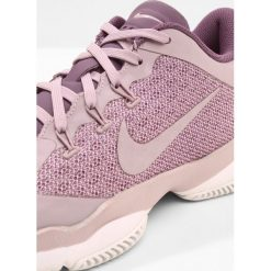 Nike Performance AIR ZOOM ULTRA Obuwie do tenisa Outdoor elemental rose/pro purple/white. Czerwone buty sportowe damskie Nike Performance, z materiału, na golfa. Za 419,00 zł.