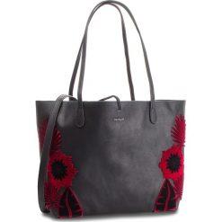 Torebka DESIGUAL - 18WAXP44 2000. Czarne torebki klasyczne damskie Desigual, ze skóry ekologicznej, duże. Za 399,90 zł.