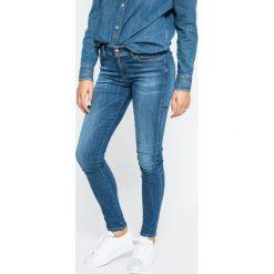 Diesel - Jeansy Slandy. Niebieskie jeansy damskie rurki marki Diesel. W wyprzedaży za 479,90 zł.