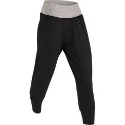 Spodnie haremki, dł. 3/4, Level 1 bonprix czarny. Czarne bryczesy damskie bonprix, z dżerseju, na fitness i siłownię. Za 74,99 zł.