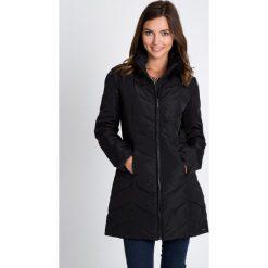Kurtki damskie: Czarna długa kurtka bez kaptura QUIOSQUE