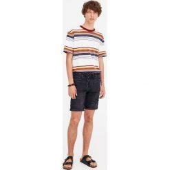 Spodenki i szorty męskie: Czarne jeansowe bermudy slim fit z dziurami
