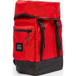 Plecaki męskie: Czerwony plecak górski