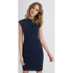 Odzież damska: Ołówkowa sukienka z koronki