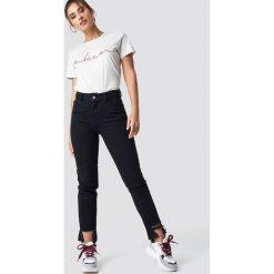 NA-KD Jeansy z rozdarciami - Black. Czarne spodnie z wysokim stanem NA-KD, z jeansu. Za 202,95 zł.