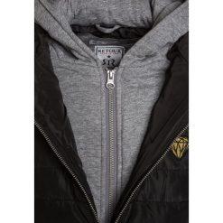 Retour Jeans MULAN Płaszcz zimowy black. Czarne kurtki chłopięce zimowe marki Retour Jeans, z jeansu. W wyprzedaży za 407,20 zł.