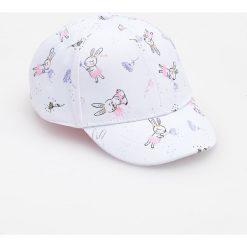 Czapka z daszkiem - Biały. Białe czapki damskie Reserved. W wyprzedaży za 19,99 zł.