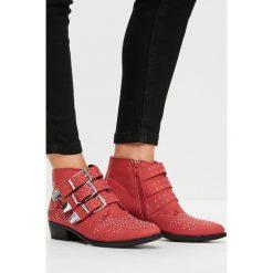 Missguided - Botki. Szare buty zimowe damskie marki Missguided, z materiału, na obcasie. W wyprzedaży za 79,90 zł.