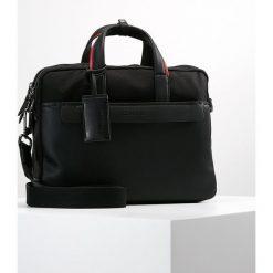 Calvin Klein MULTI TASK LAPTOP BAG EXTRA Aktówka black. Czarne aktówki męskie marki Calvin Klein. Za 759,00 zł.