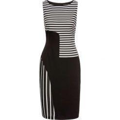 Sukienka bonprix czarno-biel wełny. Czarne sukienki na komunię marki bonprix, w paski, z dżerseju, z okrągłym kołnierzem. Za 69,99 zł.