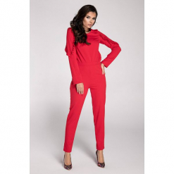 Kombinezon w kolorze czerwonym. Czerwone kombinezony damskie marki Moda w jesiennych kolorach, xs, z dekoltem na plecach, z długim rękawem, długie. W wyprzedaży za 99,95 zł.