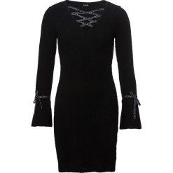 Sukienka dzianinowa bonprix czarny. Czarne sukienki balowe bonprix, w paski, z dzianiny, rozkloszowane. Za 99,99 zł.