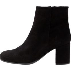 Unisa OMER Ankle boot black. Czarne botki damskie skórzane marki Unisa. Za 589,00 zł.