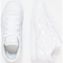 Reebok Classic CLASSIC Tenisówki i Trampki white. Białe trampki chłopięce marki Reebok Classic, z gumy. W wyprzedaży za 160,30 zł.