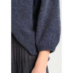 Swetry klasyczne damskie: American Vintage HANAPARK Sweter lead