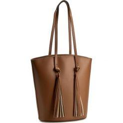 Torebka CREOLE - K10278 Brąz. Brązowe torebki klasyczne damskie Creole, ze skóry. W wyprzedaży za 249,00 zł.