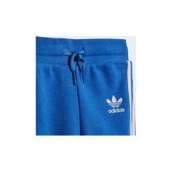 Zestawy dresowe adidas  Zestaw z bluzą z kapturem Trefoil. Niebieskie bluzy chłopięce rozpinane marki Adidas, z dresówki, z kapturem. Za 229,00 zł.