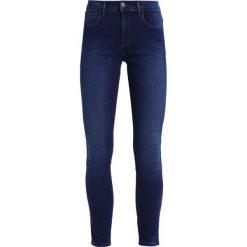 Rurki damskie: Wrangler BODY BESPOKE  Jeans Skinny Fit subtle blue
