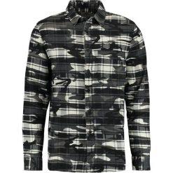 Koszule męskie na spinki: Topman CHECK CAMO     Koszula black