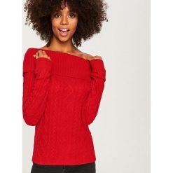 Sweter z odkrywający ramiona - Czerwony. Czerwone swetry klasyczne damskie Reserved, l. Za 99,99 zł.