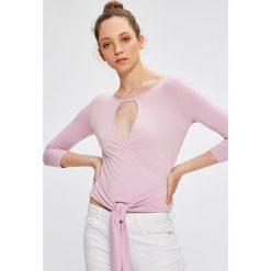 Answear - Bluzka Garden of Dreams. Szare bluzki z odkrytymi ramionami marki ANSWEAR, l, z poliesteru, z długim rękawem, długie. W wyprzedaży za 39,90 zł.