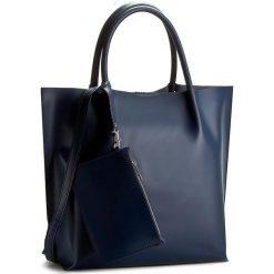 Torebka CREOLE - RBI1214  Ciemny Granat. Niebieskie torebki klasyczne damskie Creole, ze skóry. W wyprzedaży za 279,00 zł.