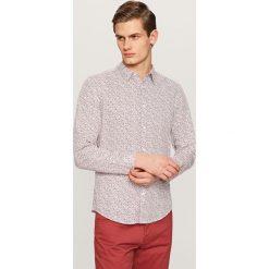 Koszule męskie na spinki: Wzorzysta koszula slim fit – Bordowy
