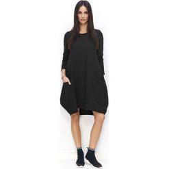 Czarna Sukienka Bombka z Wydłużonym Tyłem. Czarne sukienki dresowe marki Molly.pl, l, sportowe, z długim rękawem, bombki. Za 118,90 zł.