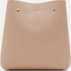 Plecaki damskie: Modny plecak w kolorze nude w miejskim stylu