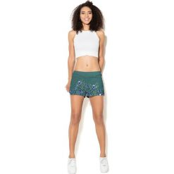 Colour Pleasure Spodnie damskie CP-020 251 zielone r. 3XL/4XL. Zielone spodnie sportowe damskie marki Colour pleasure, xl. Za 72,34 zł.