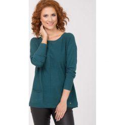 Swetry klasyczne damskie: Sweter z kieszonkami