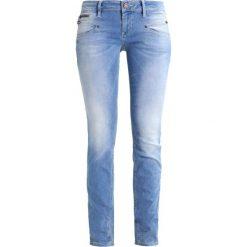 Freeman T. Porter ALEXA  Jeansy Slim fit flexy baby blue. Niebieskie jeansy damskie marki Freeman T. Porter. W wyprzedaży za 303,20 zł.