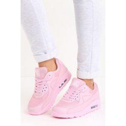 Różowe Buty Sportowe Classical Nilda. Czerwone buty sportowe damskie marki KALENJI, z gumy. Za 79,99 zł.