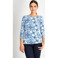Bluzki damskie: Bluzka z niebieskim wzorem z dekoltem łódka QUIOSQUE