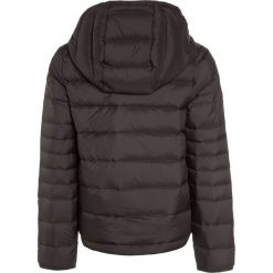 BOSS Kidswear Kurtka puchowa dunkelgrau. Niebieskie kurtki chłopięce zimowe marki BOSS Kidswear, z bawełny. W wyprzedaży za 551,20 zł.