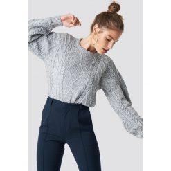 Swetry klasyczne damskie: Trendyol Sweter ze splotem - Grey