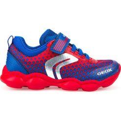 """Sneakersy """"Munfrey"""" w kolorze granatowo-czerwonym. Niebieskie trampki chłopięce marki geox kids, z gumy. W wyprzedaży za 117,95 zł."""