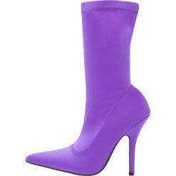 Buty zimowe damskie: Public Desire DANGER Kozaki na obcasie purple