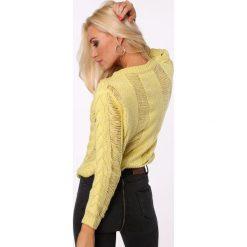 Sweter ażurowy krótki żółty MISC263. Białe swetry klasyczne damskie marki Fasardi, l. Za 109,00 zł.
