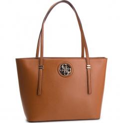 Torebka GUESS - HWVG71 86230 COG. Brązowe torebki klasyczne damskie marki Guess, z aplikacjami, ze skóry ekologicznej. Za 599,00 zł.