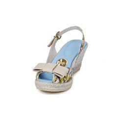 Sandały RAS  ORIA. Białe sandały damskie marki Dstreet, z aplikacjami, eleganckie. Za 407,20 zł.