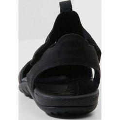 Nike Performance SUNRAY PROTECT 2 Sandały kąpielowe black/white. Czarne sandały chłopięce Nike Performance, z materiału. Za 129,00 zł.