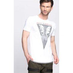 T-shirty męskie z nadrukiem: Biała Koszulka Eerie