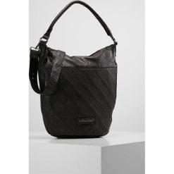FREDsBRUDER AVENUE Torba na zakupy black. Czarne torebki klasyczne damskie FREDsBRUDER. W wyprzedaży za 567,20 zł.